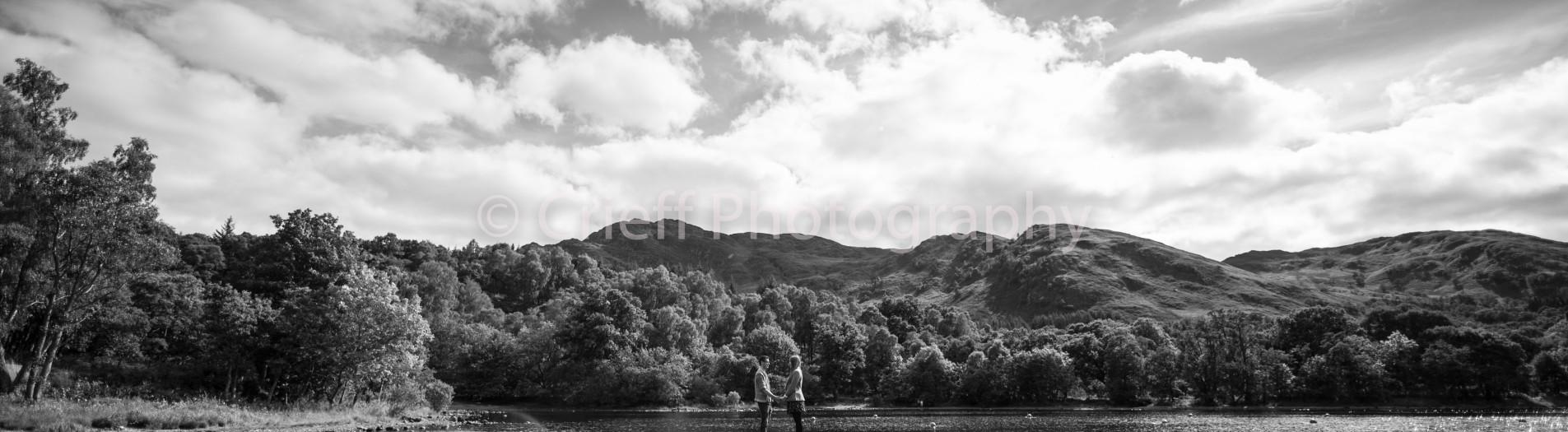 Jennifer & Scott's pre-wedding 'shoot at Loch Earn